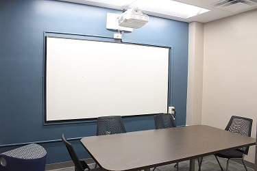 Empty FSU Study Room ready for student use