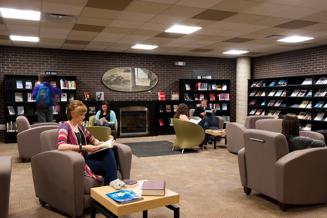 photo of the reading area