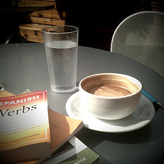 Cafe and Spanish dictionary