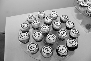 "Cupcakes with the Creative Commons ""CC"" logo, in greyscale"