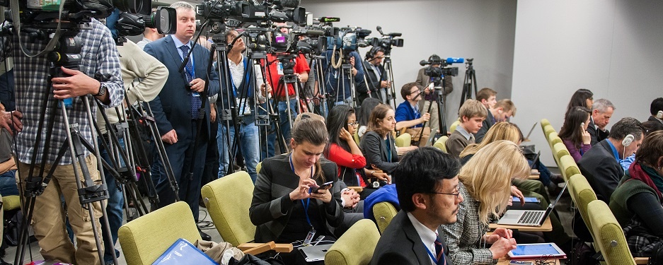 UN Security Council Press Conference on Syria, 18 Dec. 2015, by US Department of State. Public domain.