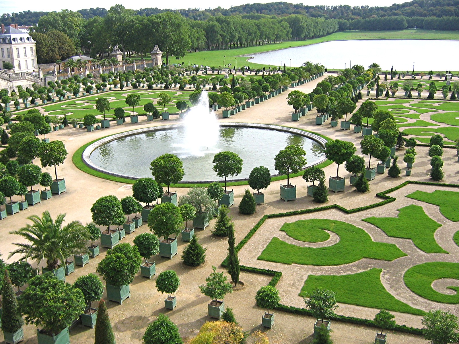 The garden at Versailles is an example of stunning landscape architecture