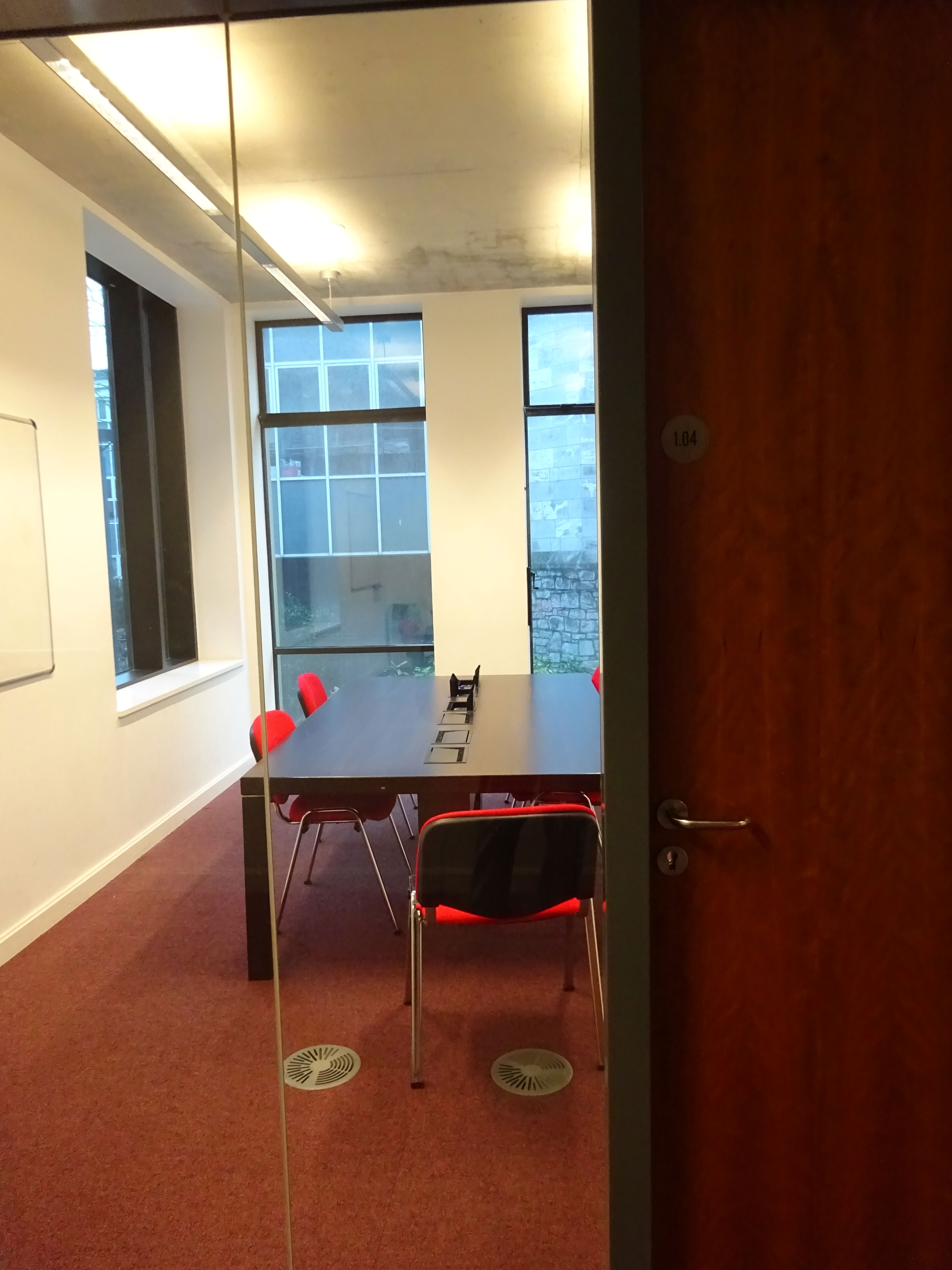 image of a group study room