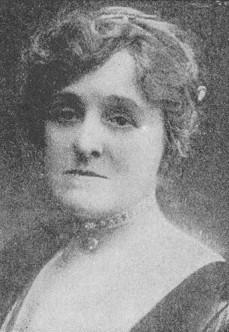 B/W photo portrait of Edith Wharton