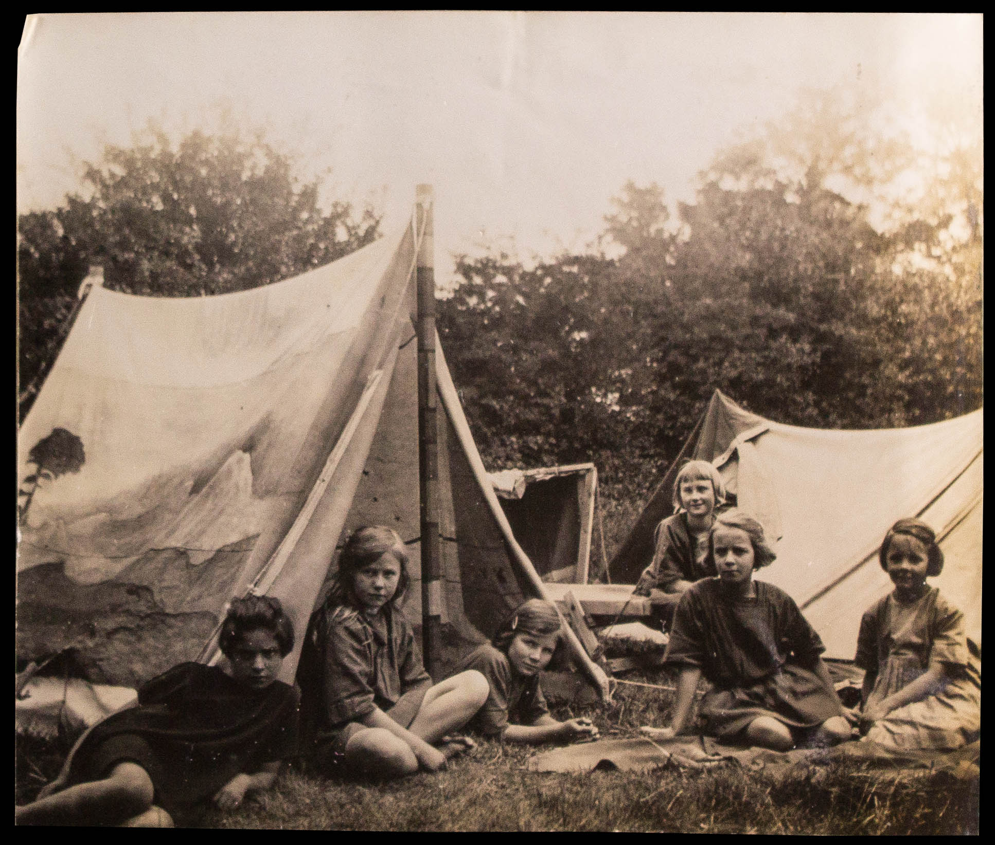 Children at Kibbo Kift Camp (WF/4/249)