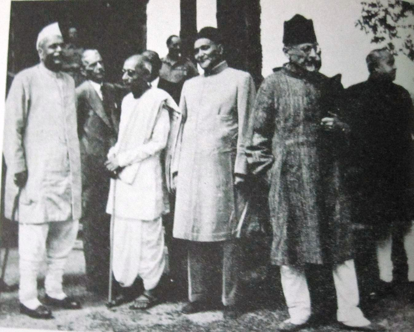 Photo of Rajendra Prasad, Jinnah, C. Rajagopalachari and Maulana Azad