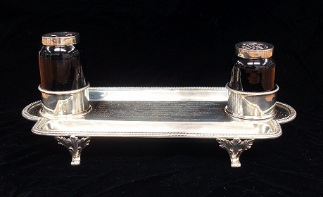 Inkstand from front