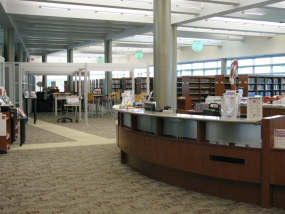 Lettinga's Margaret D. Sneden Library interior