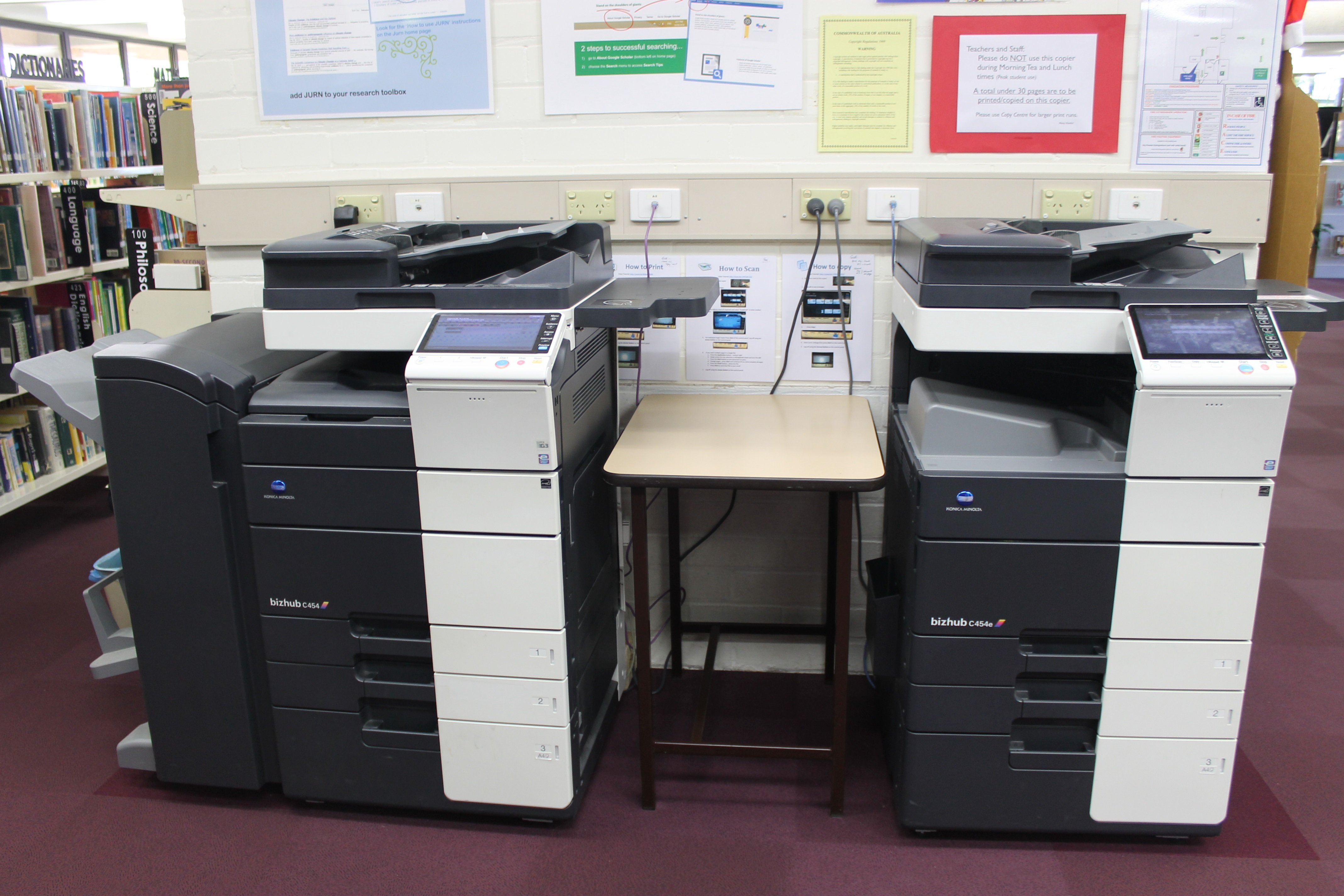 Copier in library
