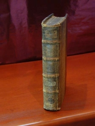 Full spine and green edges of Bruno Psalter