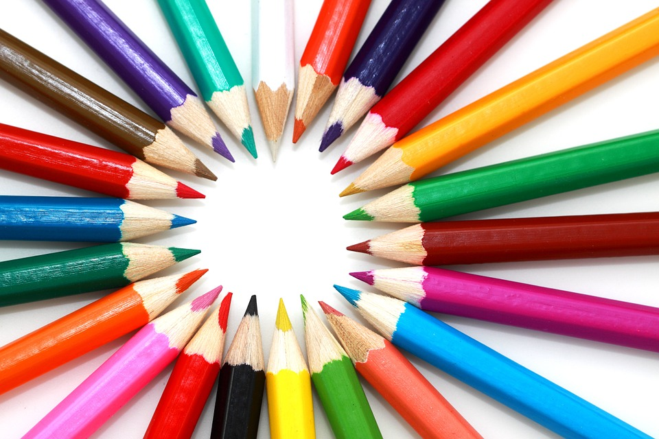 Circular display of colored pencils, arranged with the tip facing inward
