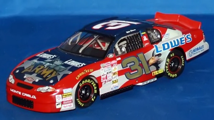 Mike Skinner ARMY Lowes car