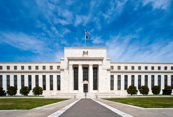 Central Banking with a Fractional Reserve System