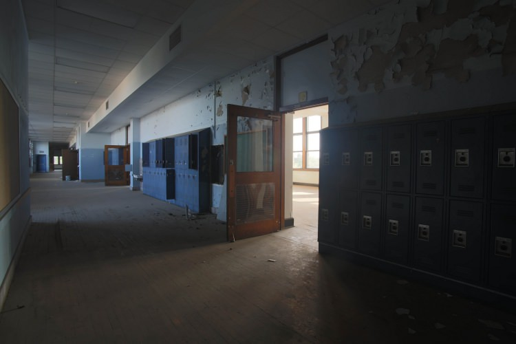 The One Minute Case For Privatizing Education