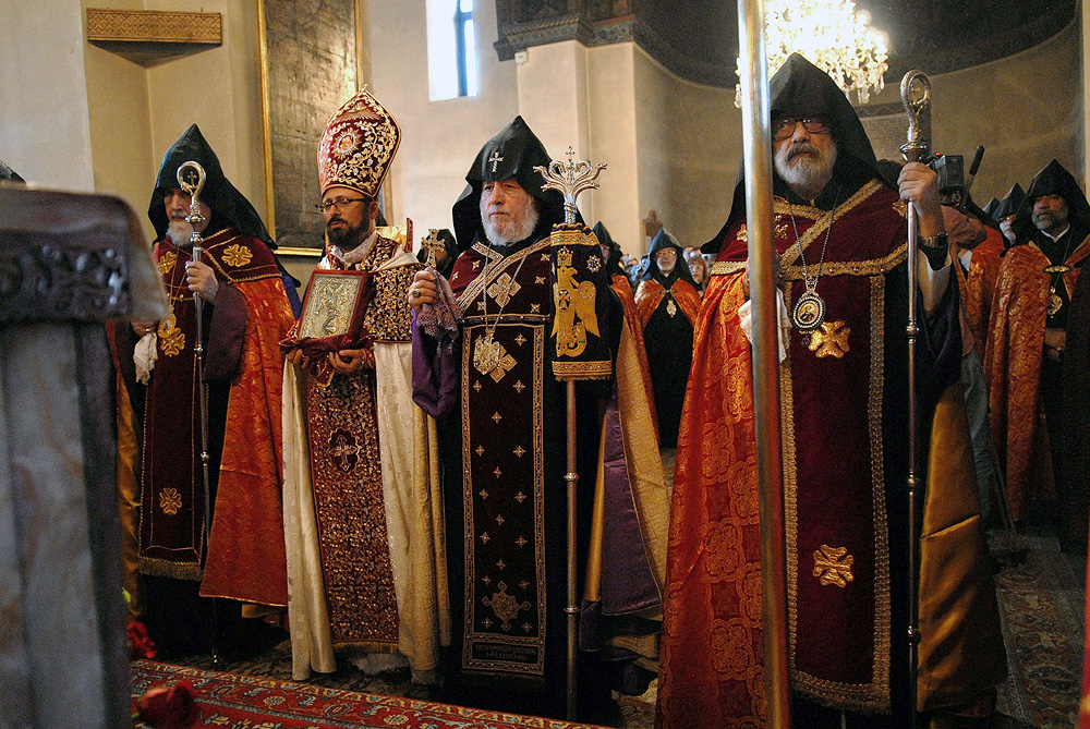 Liturgical Anarchy and Weird Catholics