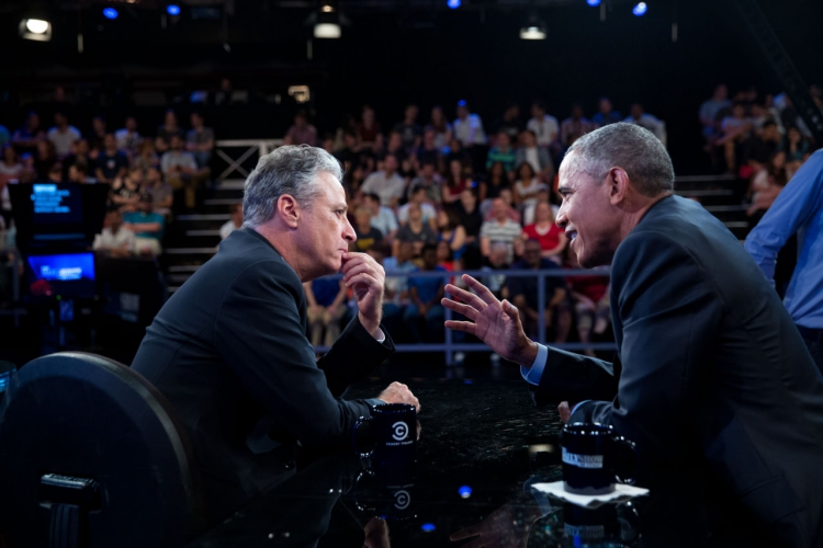 New Report Suggests Jon Stewart Met with Obama to Push Political Agenda