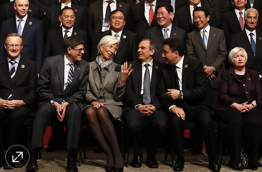 Central Bankers as Undertakers