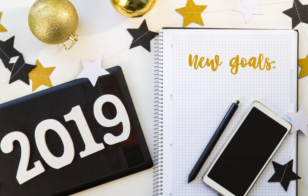 8 Surefire Ways To Sabotage Your New Year's Resolutions (And How To Avoid Them) | Life 360 Tips