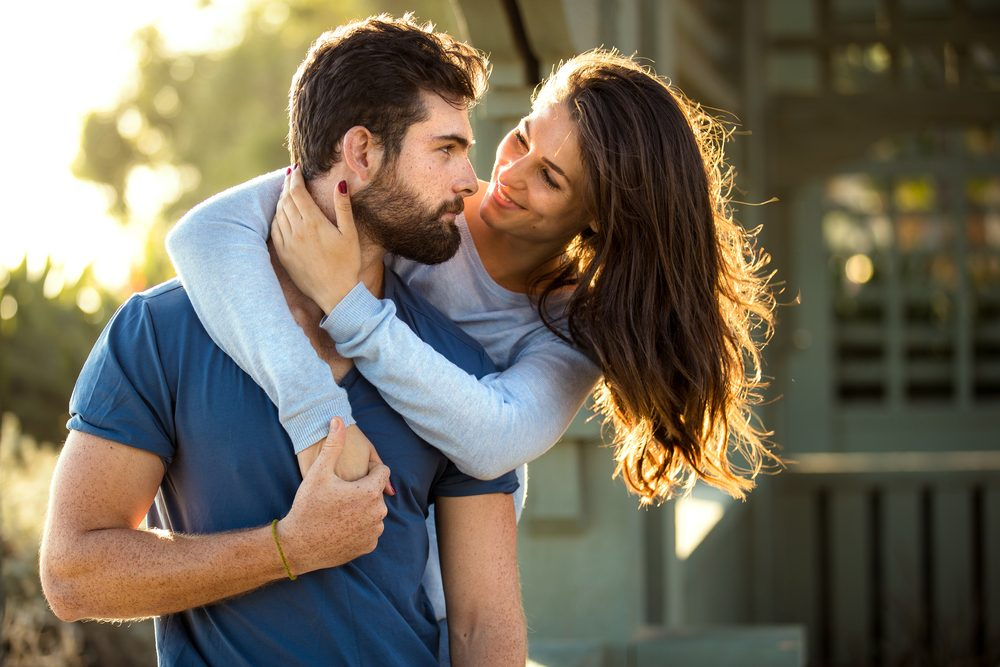 10 Tips for a Healthy Long-Lasting Relationship | Life360 Tips