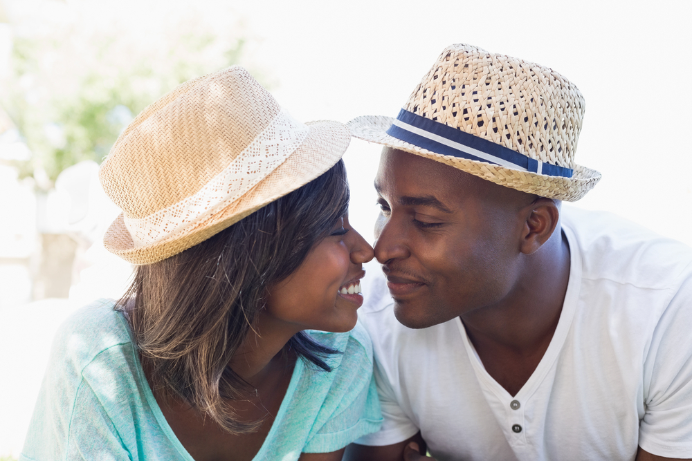 8 Behaviors That Attract Men The Most   Life360 Tips