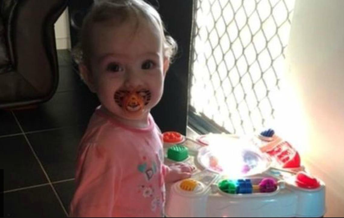 Siri calls ambulance to save a 1yr old girl