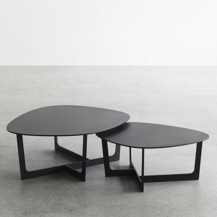 Insula Coffee Table