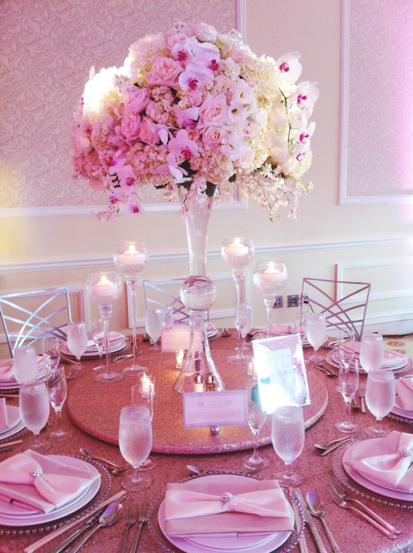 Lifetime Weddings & Events -  Cake table