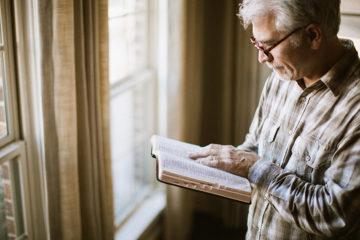 7 Ideas for Celebrating Pastor Appreciation Month