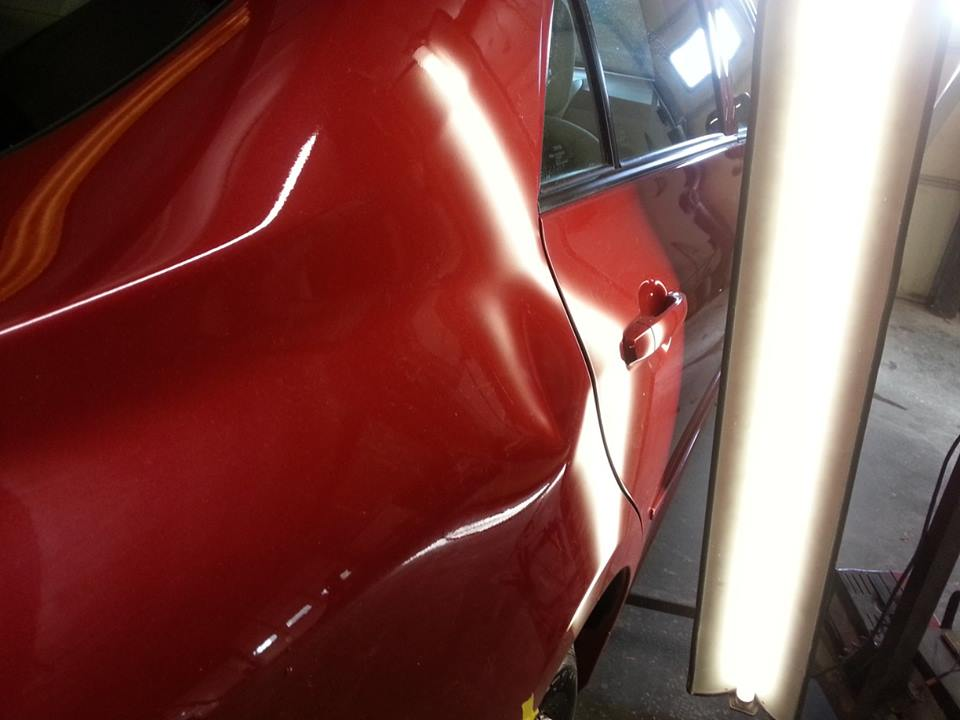 Paintless Dent Repair in Columbia Mo at Galen's Auto Body