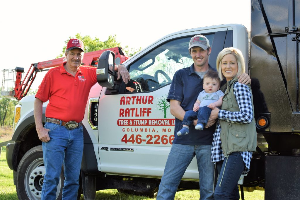 Owners of Arthur Ratliff tree and stump