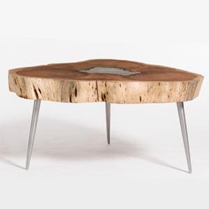 vali motel coffee table