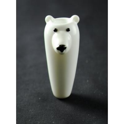 Polar bear hand pipe