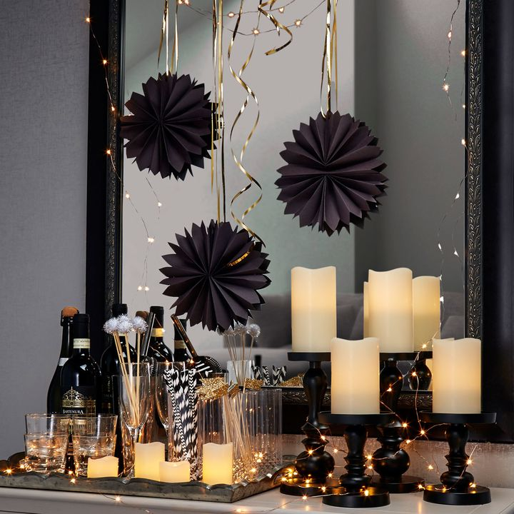 Lit Decor Flameless Candle and Copper Fairy Light Party Set