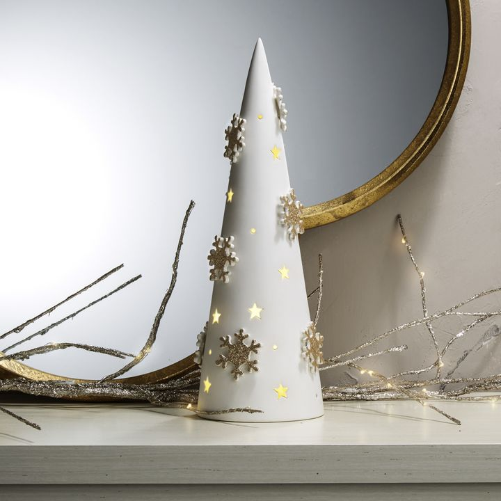 Winter White Illuminated Porcelain Tree