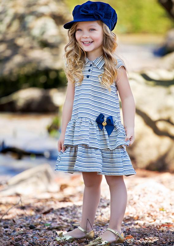 A pequena Bündchen se divertindo durante as fotos pro editorial especial de Dia das Crianças do Zero Hora