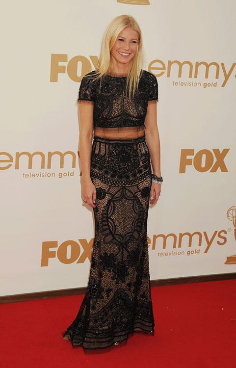 Gwyneth Paltrow, a mais ousada do tapete vermelho, com look Pucci de barriguinha de fora!