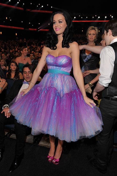 De fofinha: Katy em look Betsey Johnson
