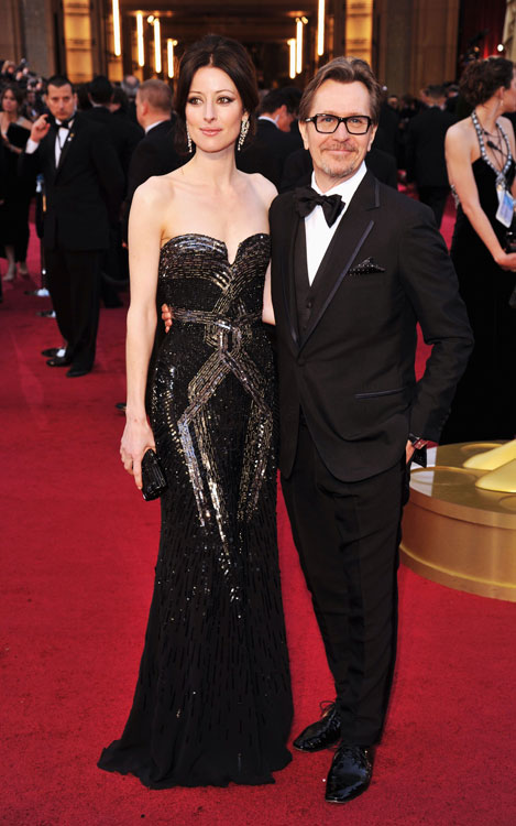 Alexandra Edenborough e Gary Oldman, de Paul Smith
