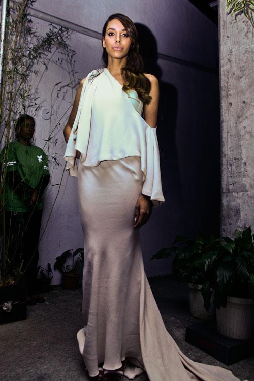 O 2º Givenchy Couture da Lea