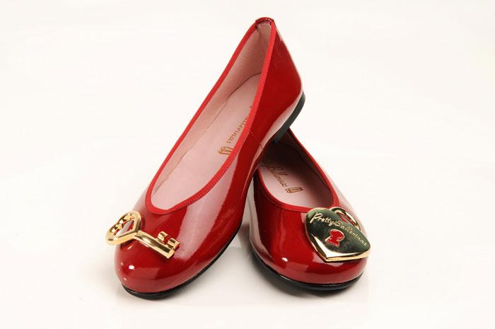 Vermelha com minichave e minicadeado