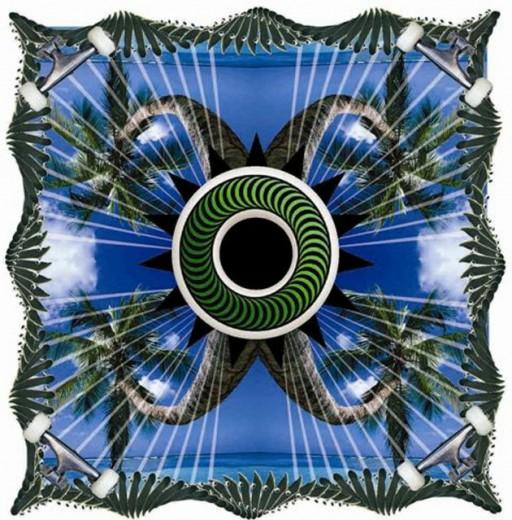 Estampa da coleção da R. Groove, que se inspira no universo do skate com um olhar carioca