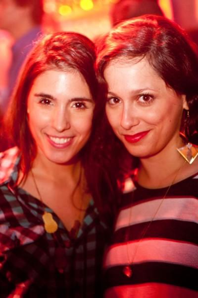 festa-lp-2012-karin-feller-e-assistente