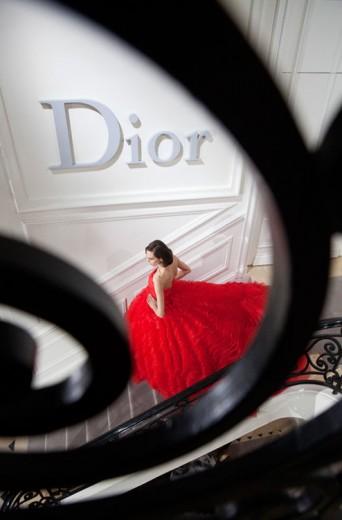 A Dior faz seu 1º desfile de alta costura em Xangai