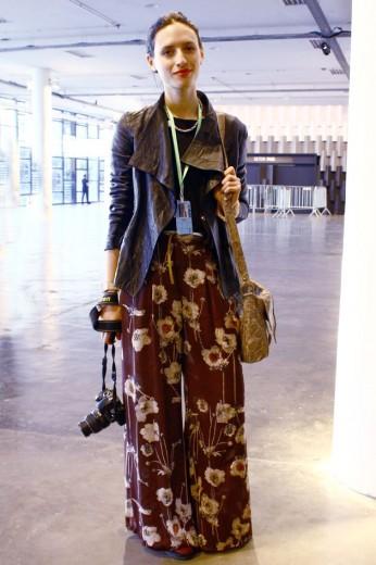 Eva Nowo com calça da Las Pepas