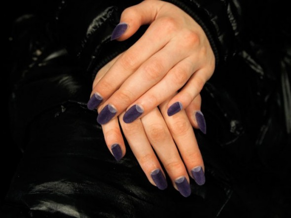 6612-ruffian-velvet-nails-fall-201213