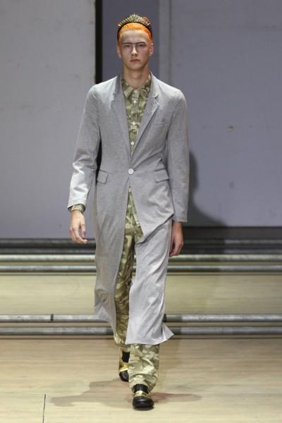 02612-semana-de-moda-masculina-primavera-verao-2013-paris-comme-des-garcons-1