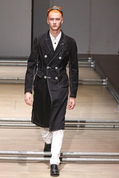 02612-semana-de-moda-masculina-primavera-verao-2013-paris-comme-des-garcons-10