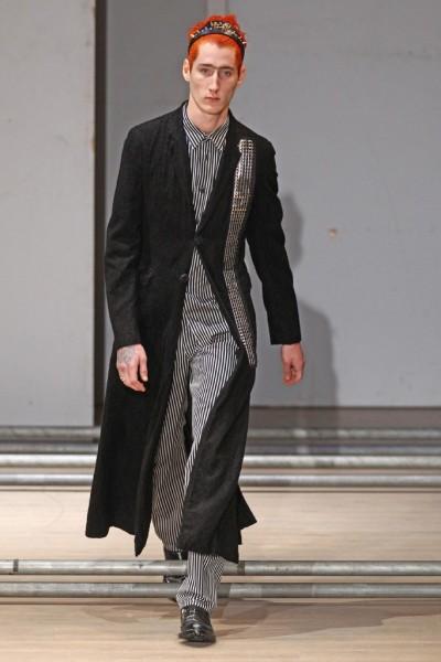 02612-semana-de-moda-masculina-primavera-verao-2013-paris-comme-des-garcons-22