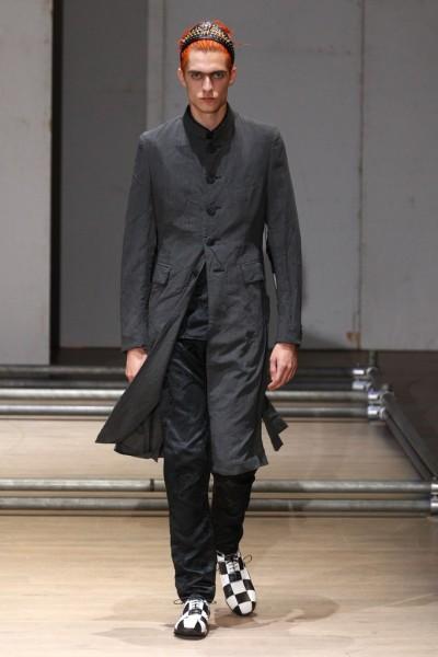 02612-semana-de-moda-masculina-primavera-verao-2013-paris-comme-des-garcons-24