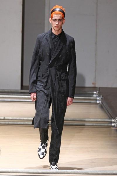 02612-semana-de-moda-masculina-primavera-verao-2013-paris-comme-des-garcons-25